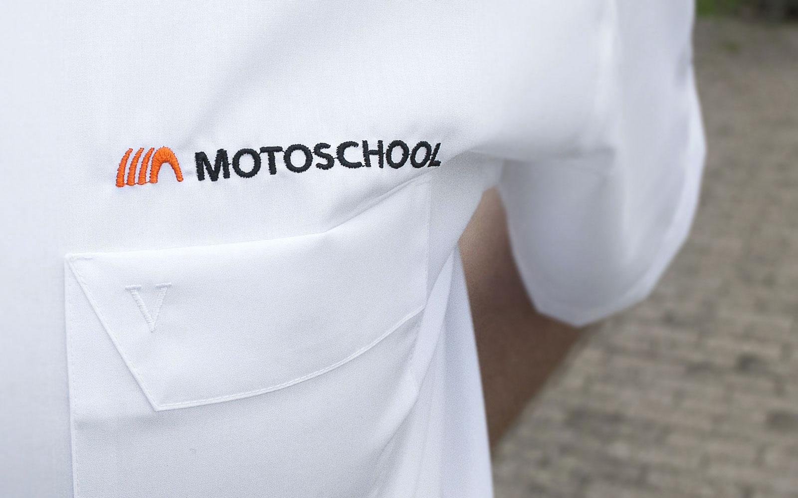 motoschool_1600p_hemd_1