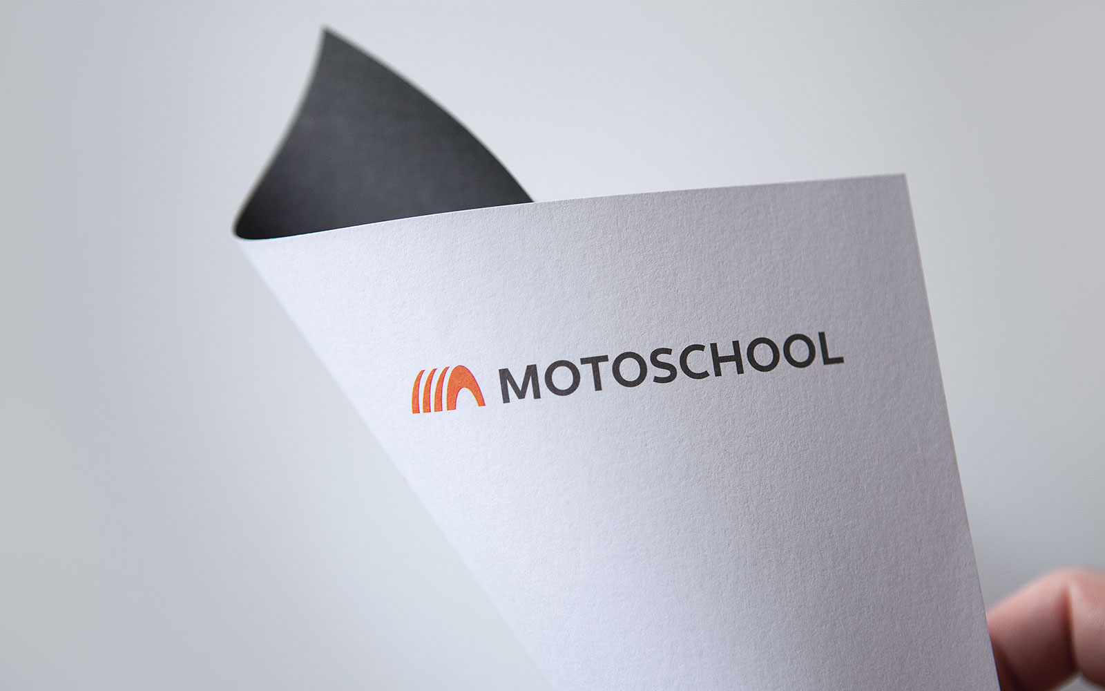 motoschool_1600p_visual